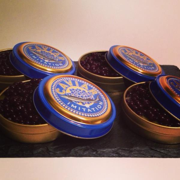 Caviar de Vino Tinto con Pure de Mango.