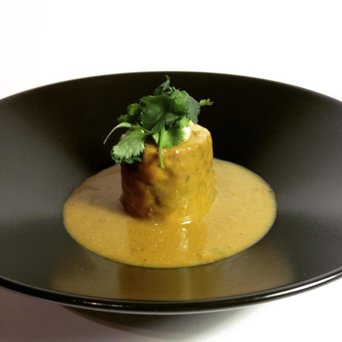 Taco de Carrilleras con Curry Amarillo.
